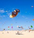 13 2011年节日费埃特文图拉岛风筝11月 免版税库存照片