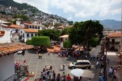 13 juni, 2009: Het hoofdplein van Taxco. Stock Afbeeldingen