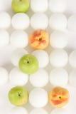 13 vita fruktspheres Royaltyfri Foto