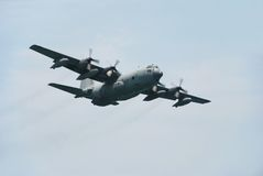 130 c军事平面运输 免版税库存照片