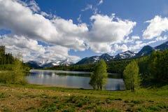 14个湖山 免版税库存图片