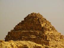 14座吉萨棉金字塔 免版税图库摄影