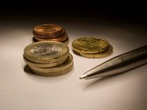 14 монетки стоковая фотография