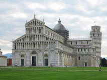 14.06.2017, Pisa, Tuscany, Italy: Leaning Tower of Pisa near Cat Royalty Free Stock Image