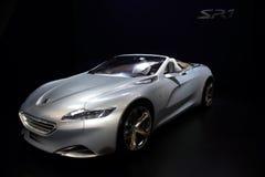 14 2011 pokaz Dubai motorowy Listopad Peugeot pokazywać Obrazy Stock