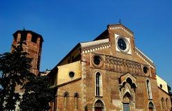 乌迪内,意大利:14世纪中央寺院 库存照片