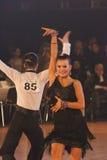 15对比拉罗斯夫妇跳舞1月青少年米斯&#20811 库存照片