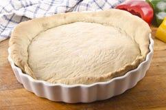 15烘烤的面团分钟烤箱乳蛋饼 免版税库存照片