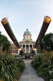 15 barils de cuirassé de canon de pouce de guerre impériale de musée Photo stock