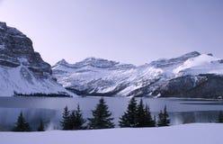 151亚伯大冻结的碧玉湖公园 库存照片