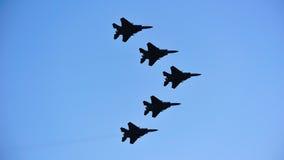 15sg f战斗机过去飞行喷气机 免版税图库摄影