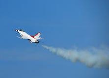 16上升的f喷气式歼击机 图库摄影
