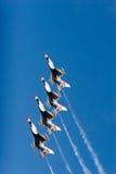 16台f喷气式歼击机雷鸟 库存图片