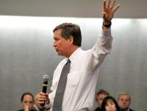 16 2011年德顿市2月州长约翰kasich俄亥俄 免版税库存照片