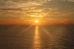 在海洋16的日出 库存图片