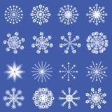 16 copos de nieve cristalinos fríos hermosos Fotografía de archivo