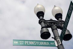 1600 Pennsylvania Avenue. Sign on post 1600 Pennsylvania Avenue, the address of the US White House Stock Photos