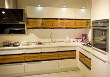 17个厨房现代新的缩放比例 图库摄影