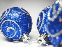 17件蓝色装饰品 图库摄影