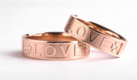 18k gouden ring Stock Fotografie