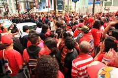 19 skjortor för bangkok nov protestred Royaltyfri Fotografi