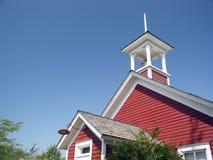 1900年美国c红色农村校舍 免版税库存照片