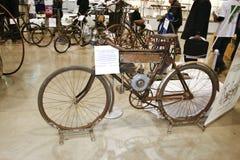 1910辆自行车dux工厂meller莫斯科 免版税库存照片