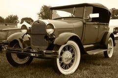 1930浅滩模型敞蓬旅游车 图库摄影