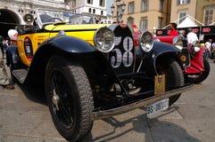 1930 bauten gelben Bugatti Typen 40A bei Miglia 1000 auf Stockfotografie