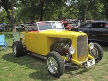 1932 yellow Ford Roadster Stock Photography