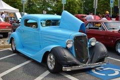 1936 blåa klassiska Chevrolet Royaltyfria Bilder