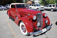 1937 Packard 12 μετατρέψιμο παλαιό αυτοκίνητο Στοκ εικόνα με δικαίωμα ελεύθερης χρήσης