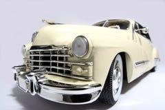 1947年卡迪拉克汽车fisheye金属缩放比例玩&#20855 免版税库存图片