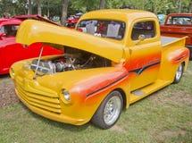 1948 gelbe Ford Aufnahme Stockfotos