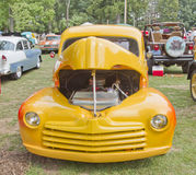1948 het Gele vooraanzicht van de Bestelwagen van de Doorwaadbare plaats Stock Foto's