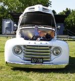 1950 de bestelwagen van de Doorwaadbare plaats Royalty-vrije Stock Afbeeldingen