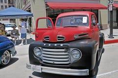 1950 Doorwaadbare plaats F-1 Vrachtwagen Stock Foto's