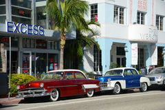 1952 Ford Customline in het Strand van Miami Royalty-vrije Stock Fotografie