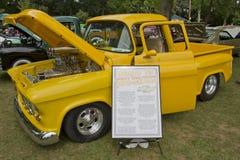 1955年Chevy 3100装货 库存照片