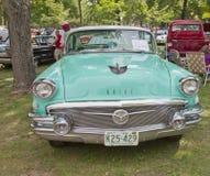 1956年Buick水色蓝色正面图 免版税库存照片