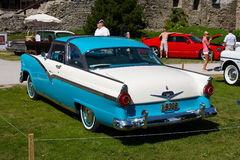 1956 Ford Fairlane 2D HT Stock Photography