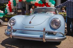 1957年堡侍捷365小轿车 库存图片