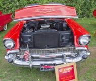 1957年Chevy敞篷车正面图 库存图片