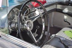 1957年Ford Thunderbird内部 免版税库存照片