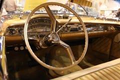 1958内部oldsmobile 库存照片