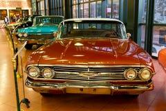 1960年Chevrolet Impala Pillarless轿车 免版税库存照片