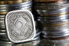 1963 hanno stampato la moneta indiana di valuta di 5 Paisa Fotografia Stock Libera da Diritti