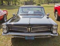 1963 schwarze Pontiac Bonneville Vorderansicht Lizenzfreie Stockfotos