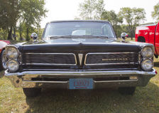 1963 schwarze Pontiac Bonneville vordere Grill-Ansicht Lizenzfreies Stockbild