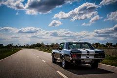 1967 de Aandrijving van de Mustang van Ford langs Royalty-vrije Stock Afbeelding